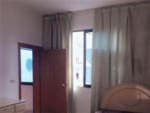 西街大药房后3室 2厅 1卫1000元/月