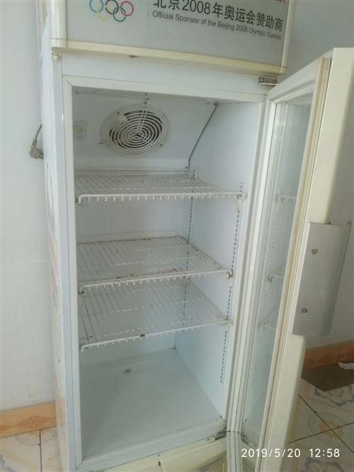 海荣立体冷藏展示柜,家里闲置,需要的联系。