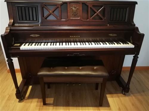 自家用的钢琴5000一台,便宜卖。送钢琴凳。需要联系18285159154何女士。