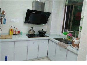 新房自来水住宅3室 2厅 1卫合租或1800元/月