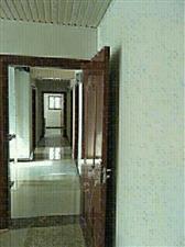 南环路1室 1厅 1卫500元/月