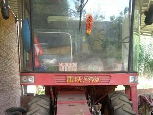 出售,2011年12月份雷沃收割机GE25,工作时间2000个小时,车在柳林附近,联系方式18791...