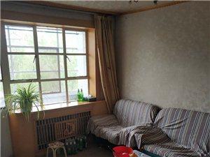 雄关一小区2室 2厅 1卫300元/月