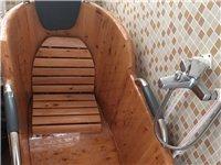 高档实木浴桶,九九成新,因养生店排水系统不行,现低价转让。原价1600一个,两个都要的话就送一台九九...