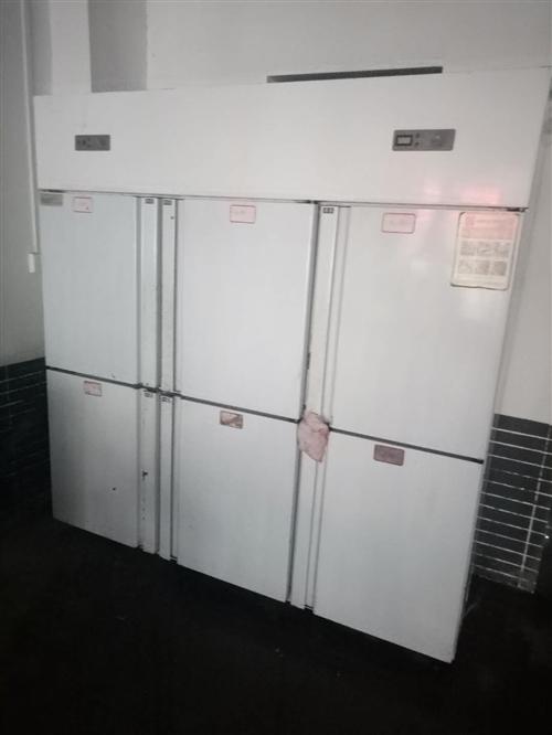 六開門冰柜,九成新,有意者和看貨。