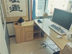 八成新办公家具,美观质量好,拆卸方便,低价出售,可送电话,椅子
