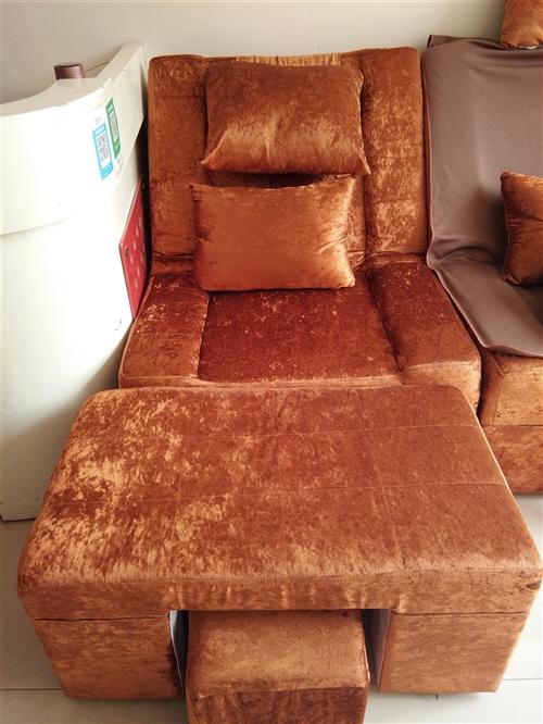 电动足疗沙发三套,买时八百有发票,买来用的两个月,价格1500元,
