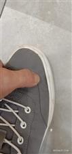 买鞋198元穿13天开胶要求更换被拒
