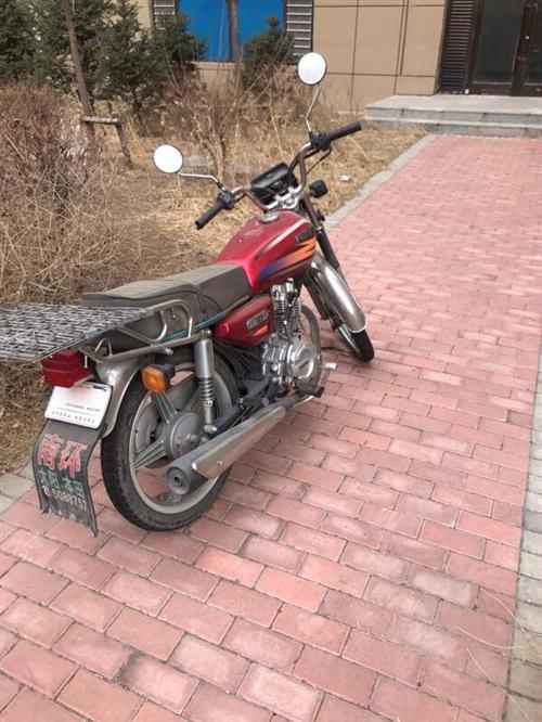 嘎嘎新的大摩托车,板板正正的就是落点灰,4千八买的,骑不到一年,1千五出。有相中的打电话177043...