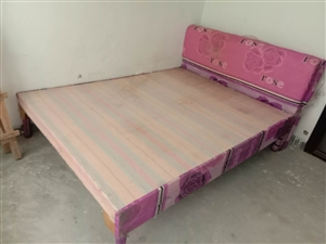 二手床�出售,打包可��惠