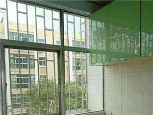 擦玻璃,搞衛生,通下水,清理化糞池