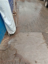 工地排水到人行道