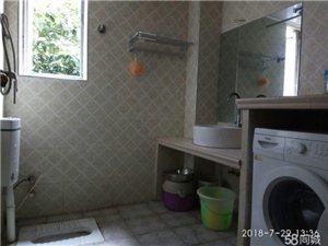 香江豪园4室 2厅 2卫1600元/月