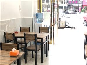 4套餐桌低�r�D�,一��八格蒸�柜,和一��用���桶�D�,有意者可以致�咨�