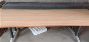 出售:全新会议桌,高端大气上档次,宽120长240 微信同步