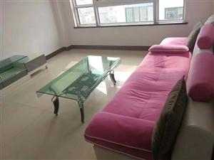 阳光城3室 2厅 1卫1600元/月