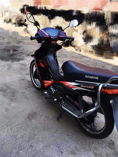 出售 现有闲置摩托车一辆要出售。成色好。提速快。性能好。买下都没怎么...
