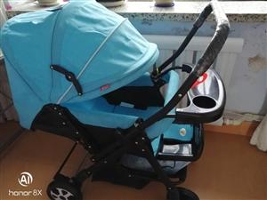 折叠婴儿推车,九成新,儿子一周会走不用了,低价处理。电话15944628596