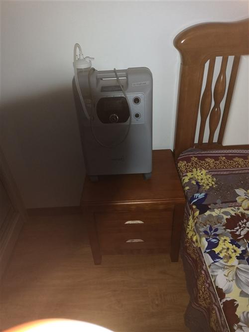 本人有一台制氧机,才用了半个月,现在用不上了,?#34892;?#35201;的请与我联系,价格面议。