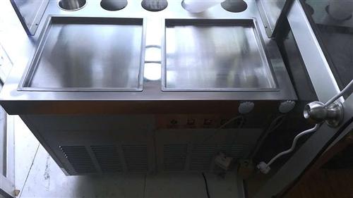 炒酸奶機器轉讓  店里電壓太低帶動不起來了  四月份新買的  沒用幾次  有意向可以聯系價格還可以再...