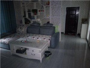 【合租】華宇臻品3室 2廳 1衛