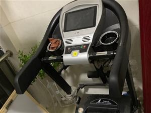億健T900跑步機9成新。買回來沒怎么用過,有需要的可以聯系我