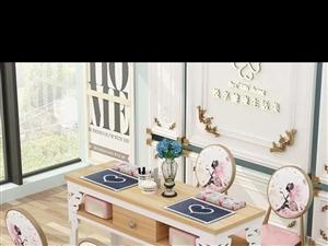求购美甲桌子美甲凳子
