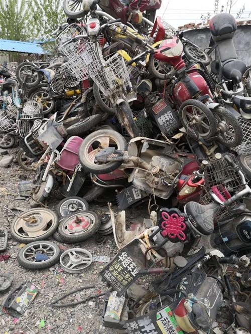 ????高唐縣小黃蜂再生資源回收回收公司, 本公司常年上門收購家庭生活廢品,以及單位,學校,企業,酒...