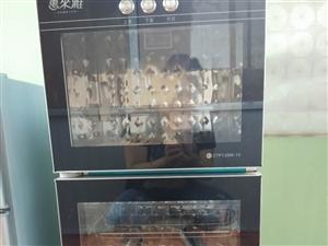 便宜处理: 消毒柜,冰箱,橱柜,电炒锅,电热锅。联系电话:  13992758225   联系时告知...