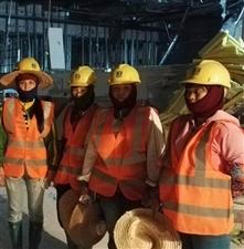 瓊亞工人團隊