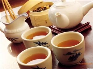 茶是一个人的狂欢,酒是一群人的孤单