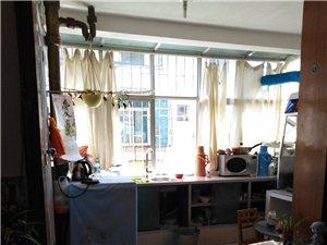 龙泉新区水电鸡场出租房(带家具)2室1厅1卫800元/月