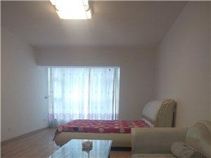 山水丽都1室1厅1卫1000元/月带家具