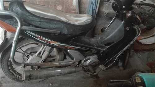凌肯100弯梁摩托车400元出售,不议价,想买的可以联系,电话13015506960